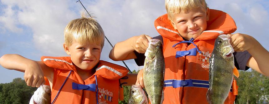 <h1>Nybörjare och proffs</h1> <h2>Alla är välkomna med oss ut på en fisketur!</h2>